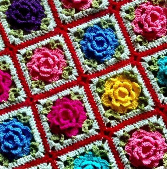 granny-square-babooska-rose-free-crochet-pattern-550x555