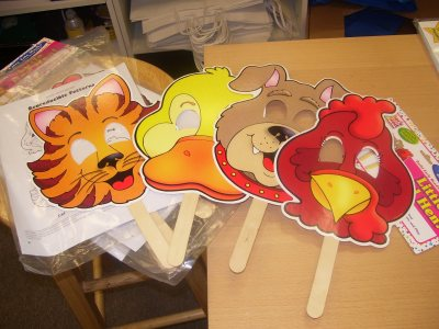 Little Red Hen masks