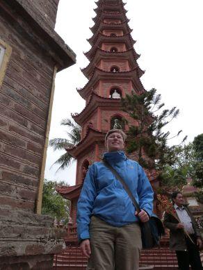 Stufenturm der Tran Quoc-Pagode