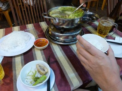 Hot Pot mit Fisch im In-Lokal in Ho Chi Minh City