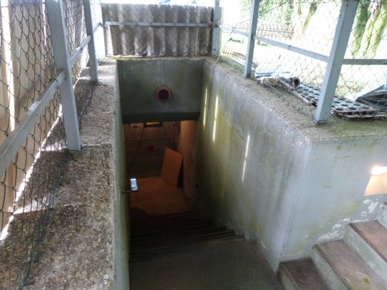 Abstieg zum Bunker Isweiler