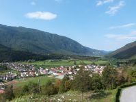 Blick auf Kobarid von der Kirche St. Anton aus