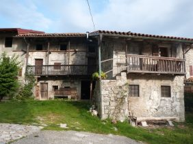 Alte Häuser in Robidisce