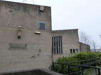 Ziemlich schräge Porträtbüste des Architekten Sir Ove Arup