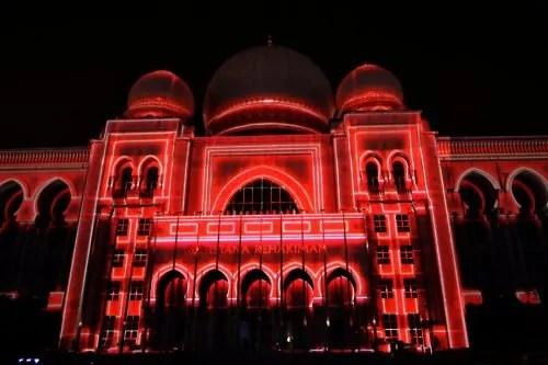LAMPU Light Of Motion Putrajaya 2014-merah