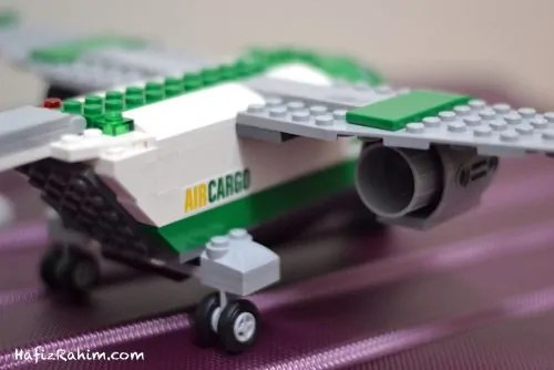 LEGO City Airport Cargo-behind