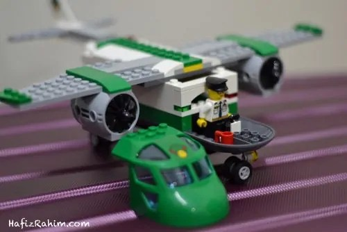 LEGO City Airport Cargo-pilot
