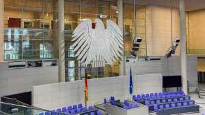 Nach der nächsten Bundestagswahl wäre es schön, wenn weder AfD noch Gerndersternchen im Bundestag eine Rolle spielten.