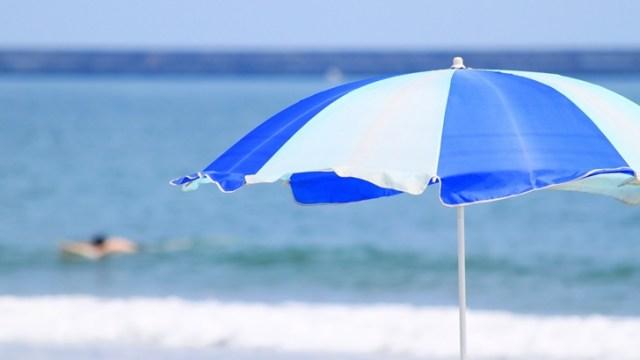 夏のはげ・薄毛予防対策!日傘男子になろう!頭皮日焼け止め、育毛剤もあるよ!