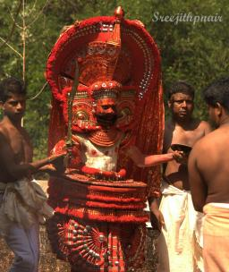 Theyyam7_rs