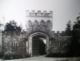 15 Moore Abbey Entrance