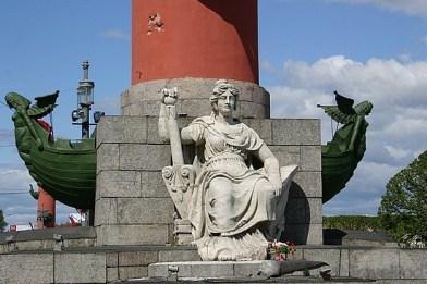 2-rostral-column-st-petersburg