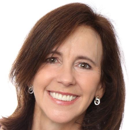 Karin Lotz | Business Development / Administration