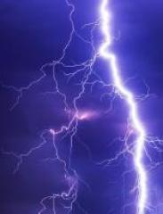 Bild 4 Typische Blitzentladung