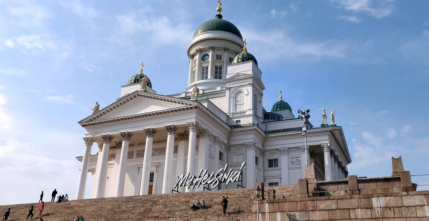 Der zentrale Dom von Helsinki, eine der großen Touristenattraktionen