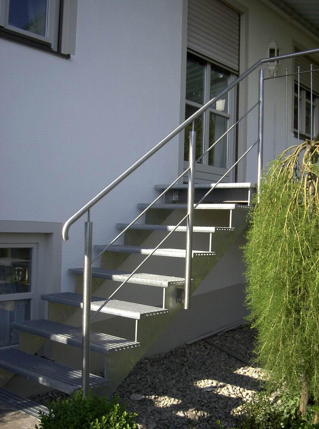 Außentreppen, Fluchtreppen, Treppenanlagen Und Stahltreppen In