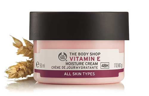 Merek pelembab wajah bagus - The Body Shop Vitamin E Moisture Cream