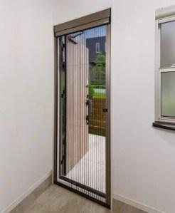 玄関,ドア,網戸,リフォーム,虫,通気性