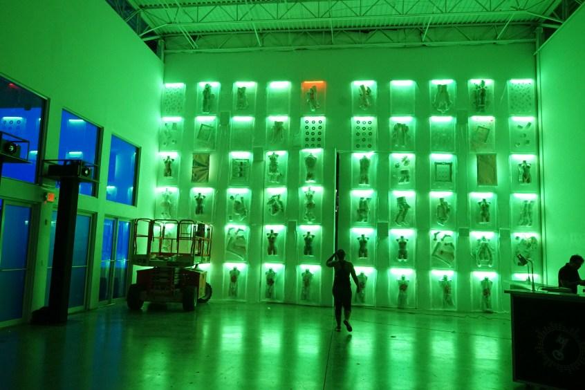 green_background_aqua_install_iii_points_haiiileen_aileen-quintana