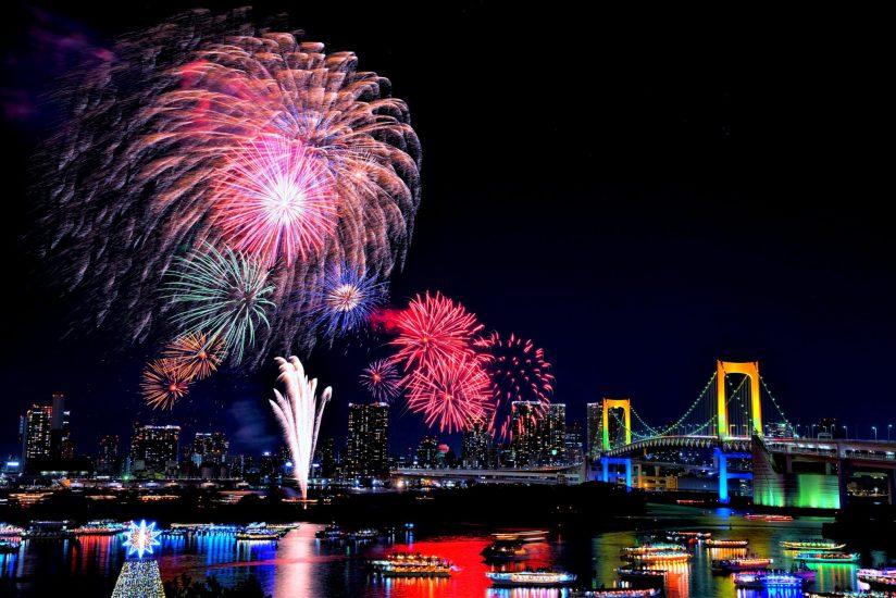 Festival kembang api di Tokyo Bay Odaiba Tokyo Jepang