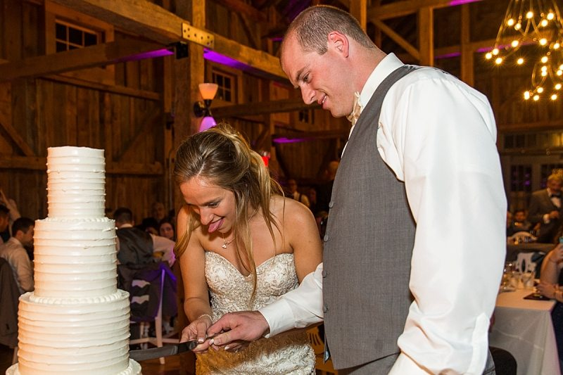 the-barn-at-flanagan-farm-maine-wedding-photographer-0080