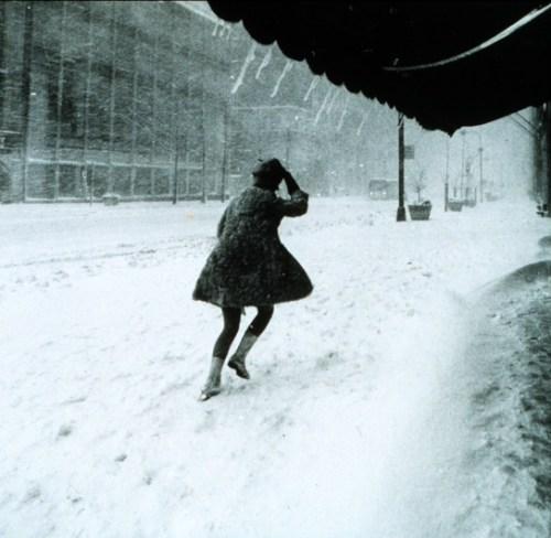 Miniskirts_in_snow_storm_545x531.shkl