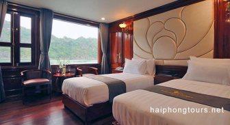 Deluxe Twin room Hai Phong Calypso Cruiser