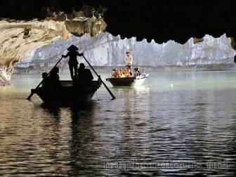 Bamboo boat trip on Lan Ha bay