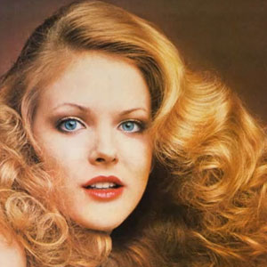 Womens 1970s Hairstyles An Overview  Hair and Makeup