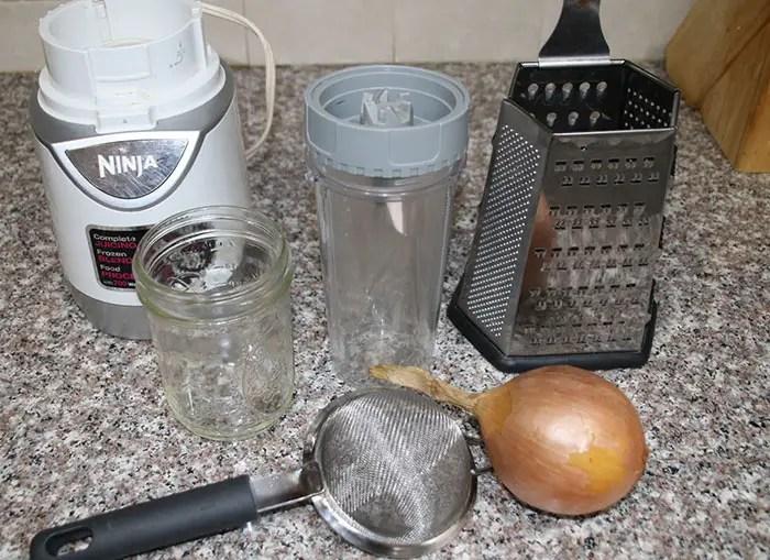 Preparing Your Onion Juice