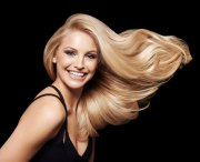 holiday blonde haircrafters style