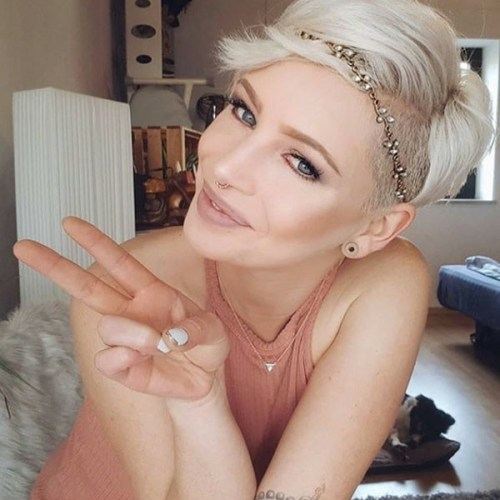 Blonde-Pixie Really Attractive Pixie Haircuts You Have to See