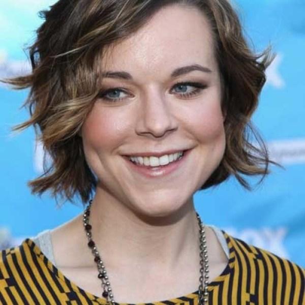 Cute-Short-Wavy-Hair New Cute Hairstyles for Short Hair 2019