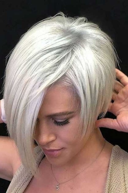 Platinum-Blonde Cute Pixie Cuts for Stylish Girls