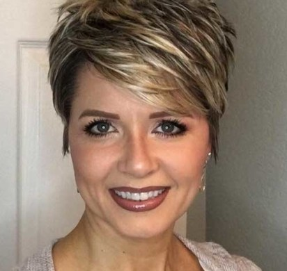 Razored-Cut Shaved Sides Haircut Female Ideas in 2019