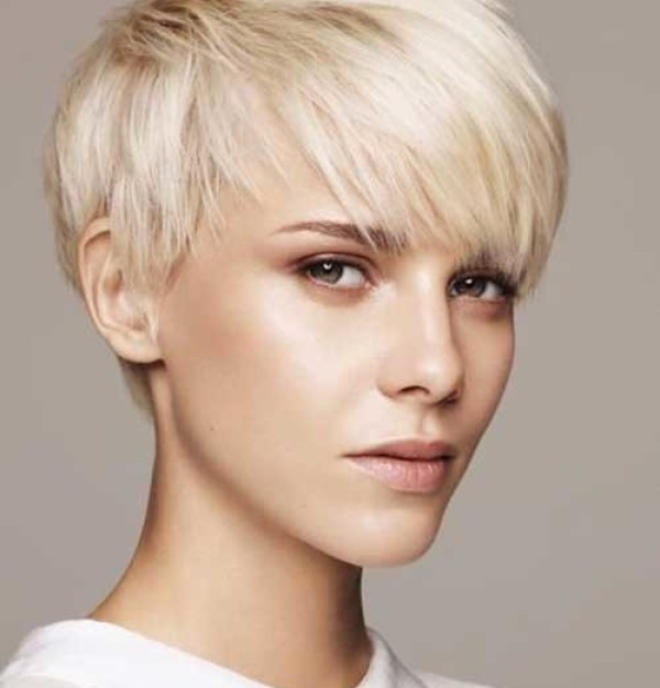 Straight-Fine-Hair Latest Short Hairstyles for Women 2019