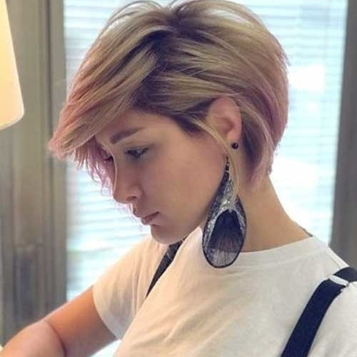 Simple-Short-Haircut Chic Short Hair Styles for Older Women