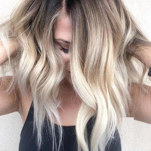 Wavy-Hair New Short Haircut Trends Women