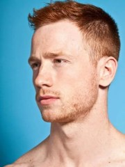eye-catching red hair men's