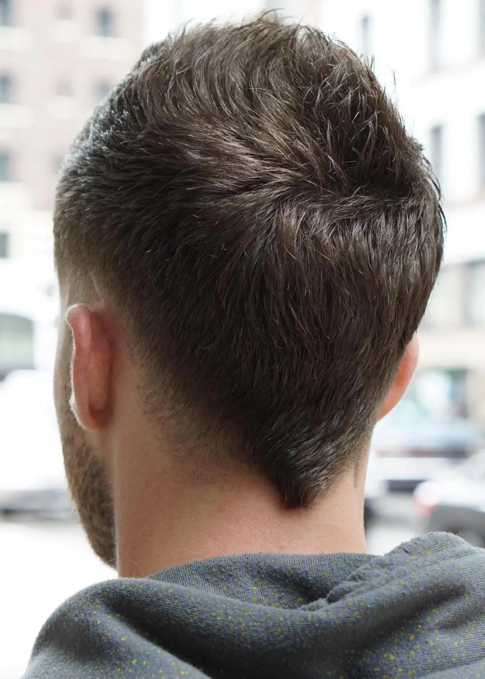 37 Best Haircuts for Men With Thick Hair (High Volume) in 2021