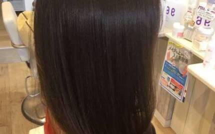 電子トリートメント施術後のツヤ髪