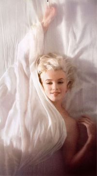 Marilyn Monroe Hair Color - Hair Colar And Cut Style