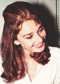 Audrey Hepburn Hair Color - Hair Colar And Cut Style