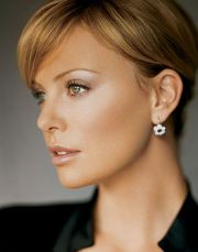 charlize theron hair color