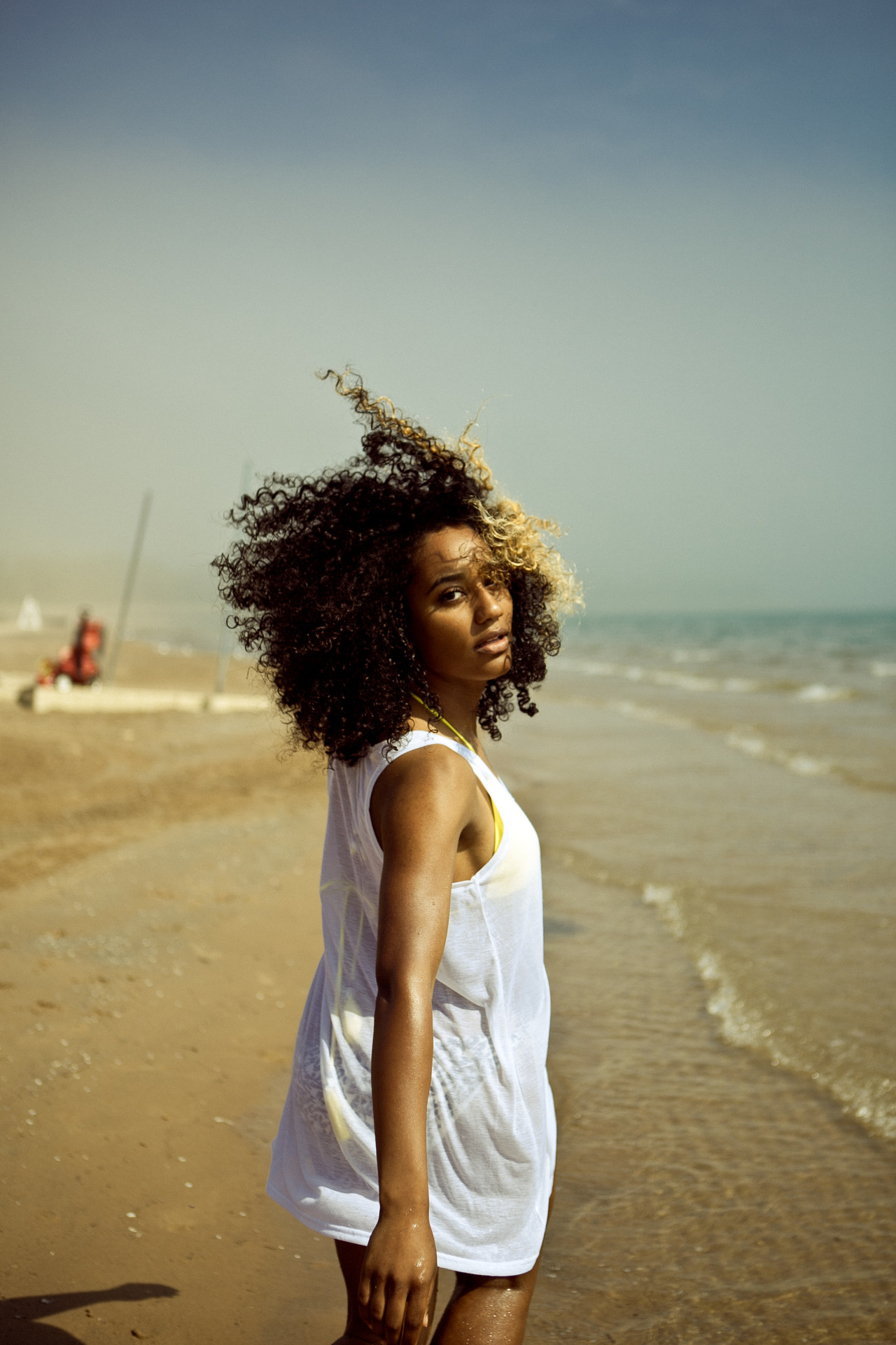 black women afro hairstyles for beach
