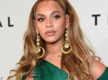 Beyonce half updo hairstyles 2018