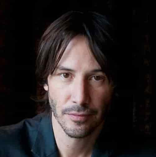 KEANU REEVES MEDUIM HAIRSTYLE WITH LOW CUT BEARDS