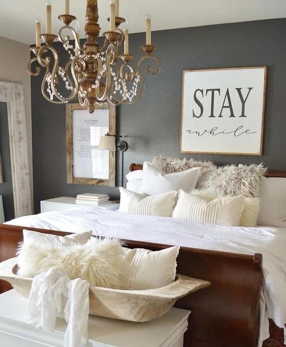Home Decorating Ideas Cozy Guestroom Bedroom Small Cozy: Small Bedroom Decorating Ideas With Faux Fur, Pillows
