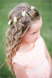 cutest flower girl hairstyles