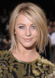 7 popular julianne hough safe haven